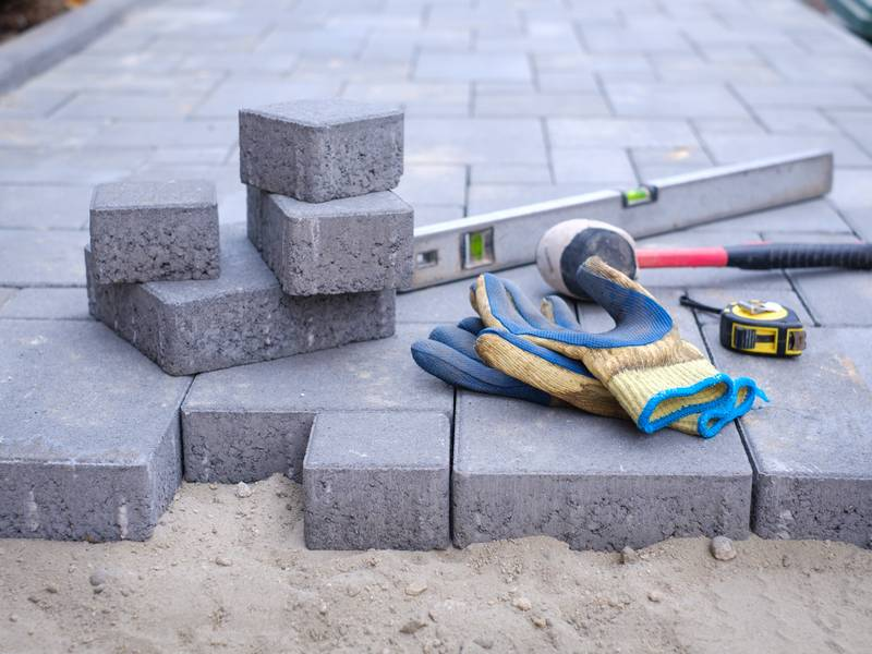 What Are Different Concrete Patio Designs