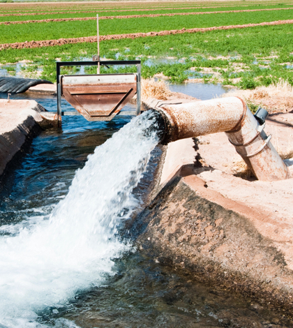 Water Pumping California's Only Option