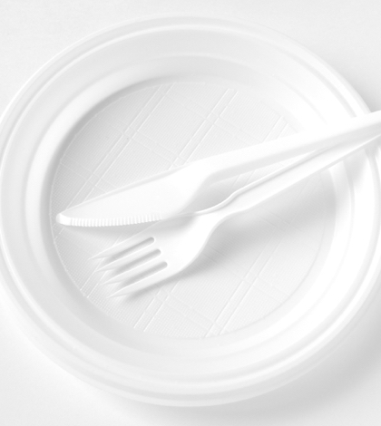City ordered to use disposable table settings