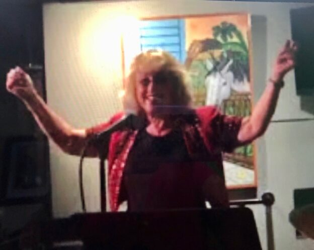 Dr. Sue Sings Funny Thanksgiving Song