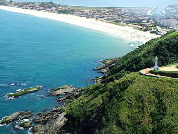 Farol e Praia de Ponta Negra.