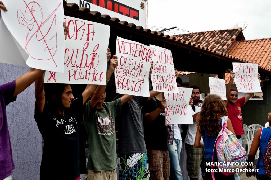Jovens se organizaram e pretendem realizar manifestação no Centro de Maricá. (Foto: Marco Bechkert | Maricá Info)