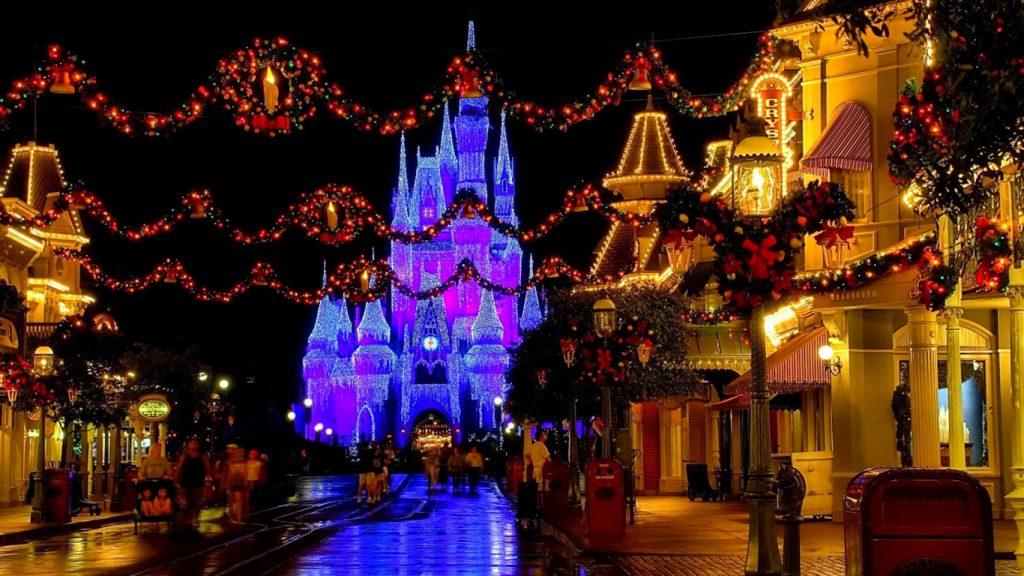 Disney World on christmas Best Tour Place
