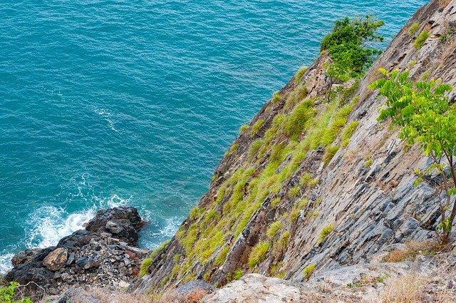cliff 4066150 640 Best Tour Place