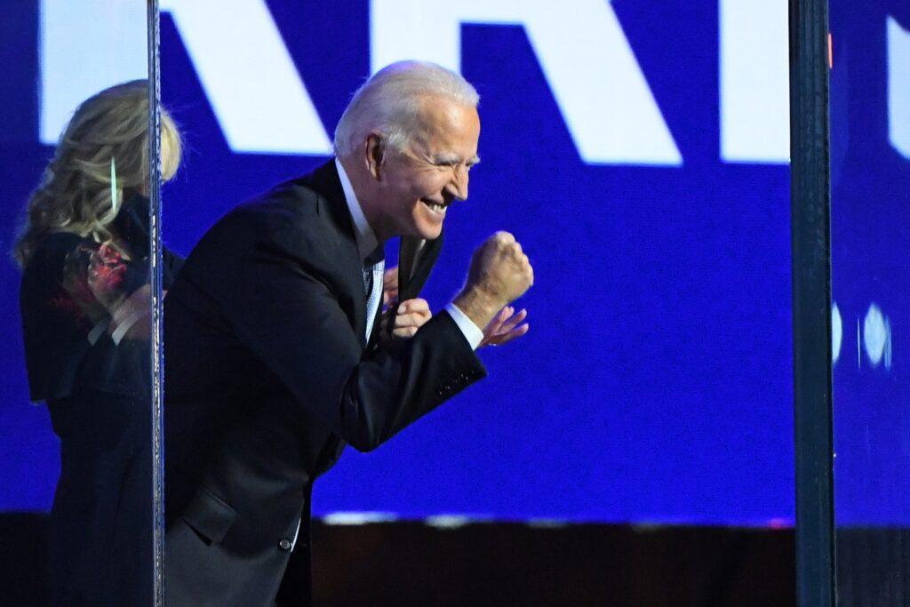 Biden invita a EE.UU. a superar la división
