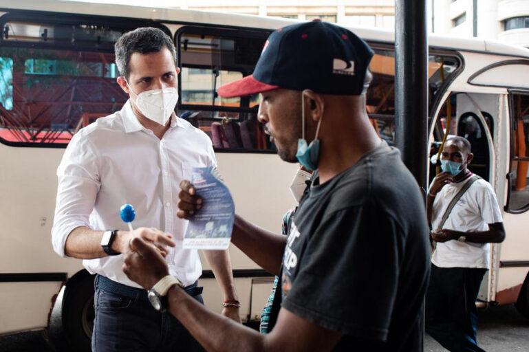 Venezolanos se enfrentan otro fraude
