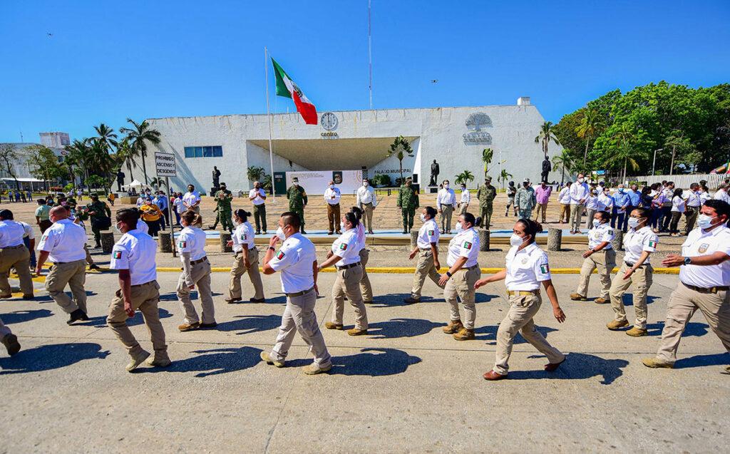 México cierra frontera con Guatemala para detener caravanas migrantes