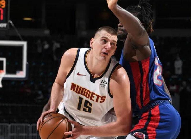 Los Nuggets le pasaron por arriba a los Pistons (134-119)