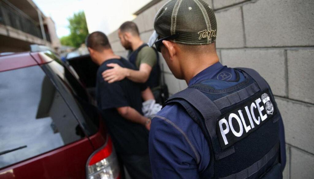 Prohíben arrestos de indocumentados en los juzgados