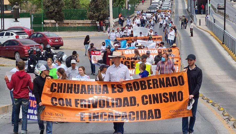 Marcharon contra la impunidad con un solo zapato