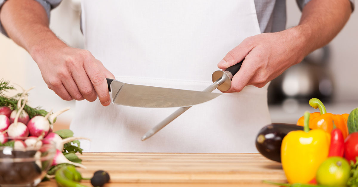 how to sharpen a kitchen knife