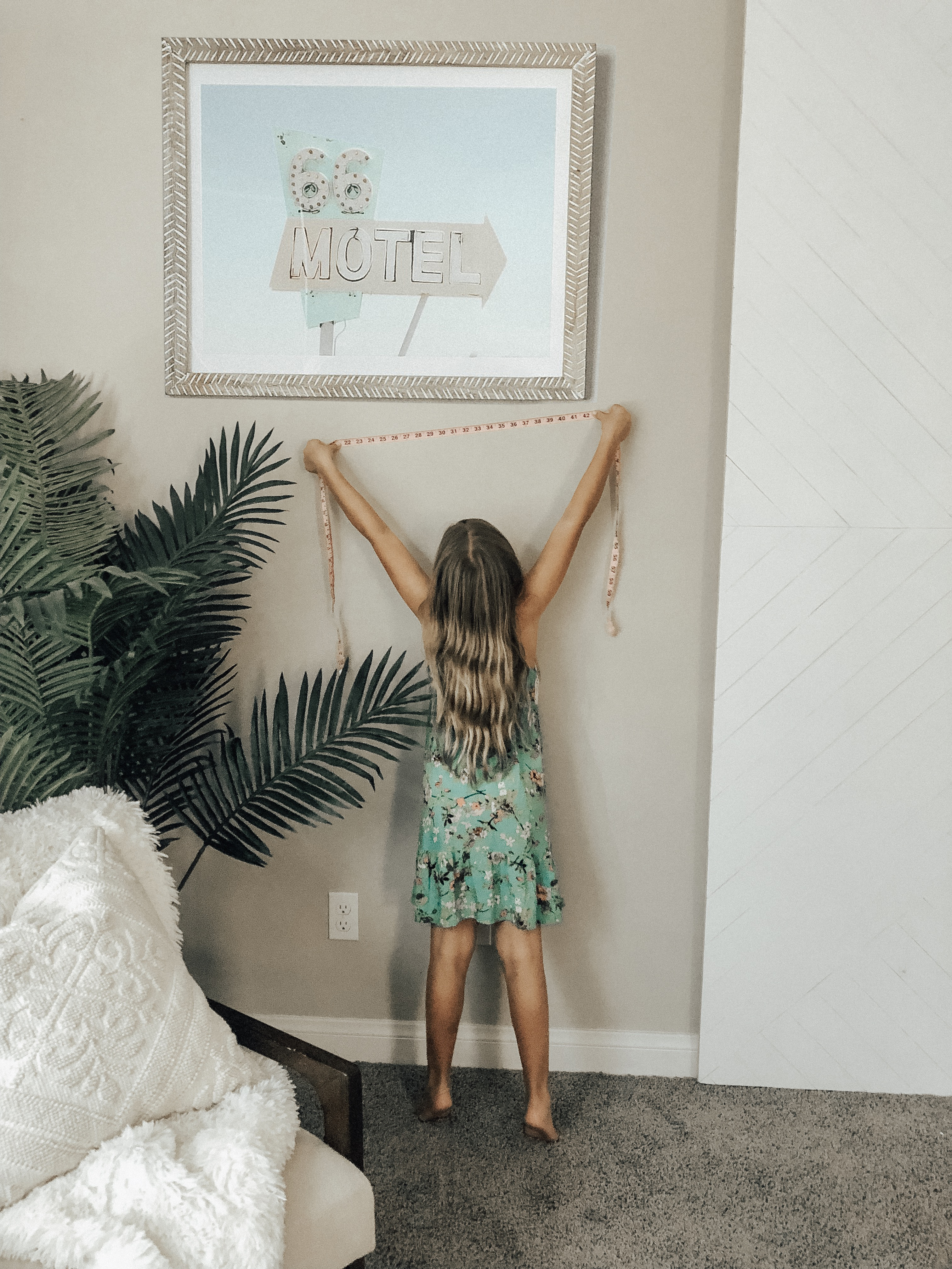 STYLING MY HOME WITH MINTED ART- Jaclyn De Leon Style + Minted art + stylng the home + home decor + wall art + home inspiration + guide to updating your art + art collector + retro style art + interior design + having fun with kids + decorating with kids
