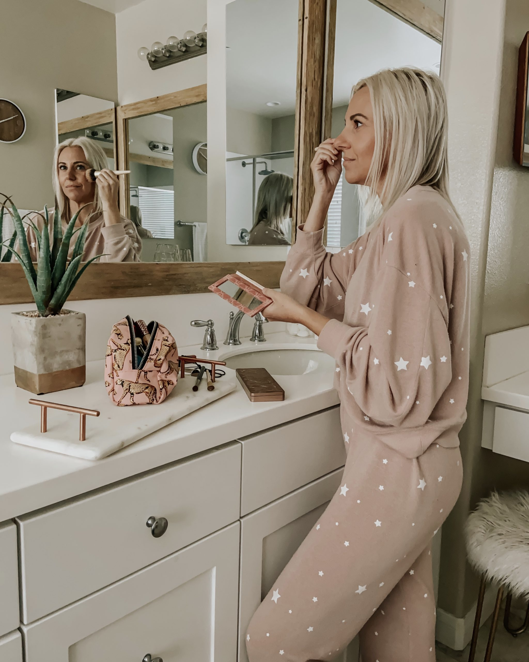 5 MINUTE EVERYDAY MAKEUP- Jaclyn De Leon Style + I'm sharing my everyday 5 minute makeup routine + easy beauty tips for the busy mom on the go