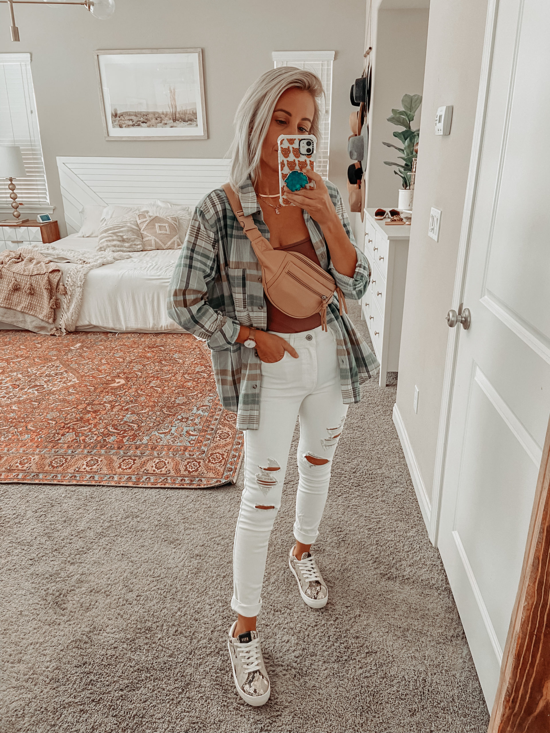 3 WAYS TO STYLE WHITE DENIM FOR FALL- Jaclyn De Leon Style, Yes you can wear white after labor day. White denim with a flannel, sweater or monochromatic look