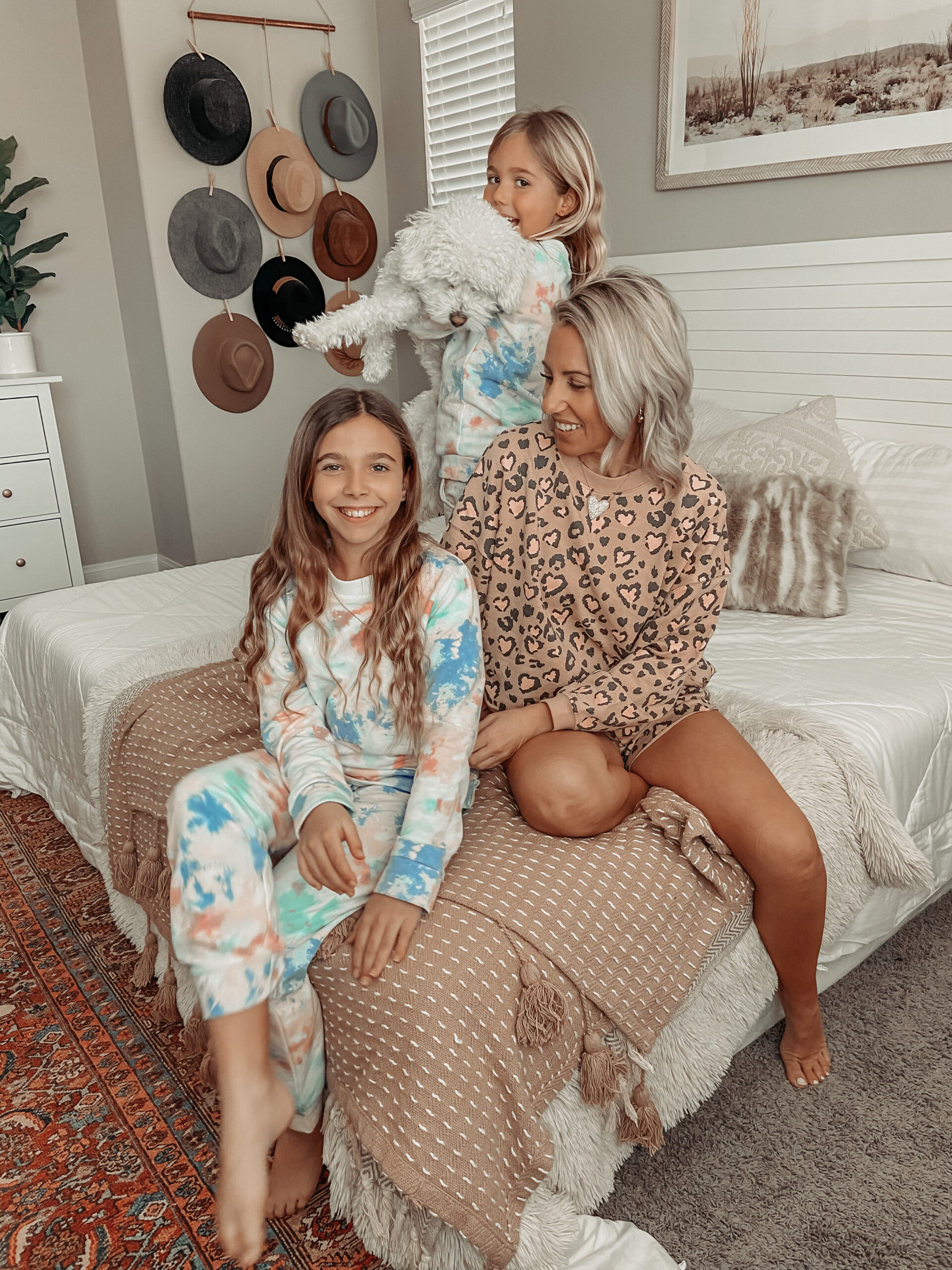 COZY VALENTINE'S INSPIRED FINDS- Jaclyn De Leon Style- Sharing tons of cozy loungewear and valentines day essentials for an at home holiday