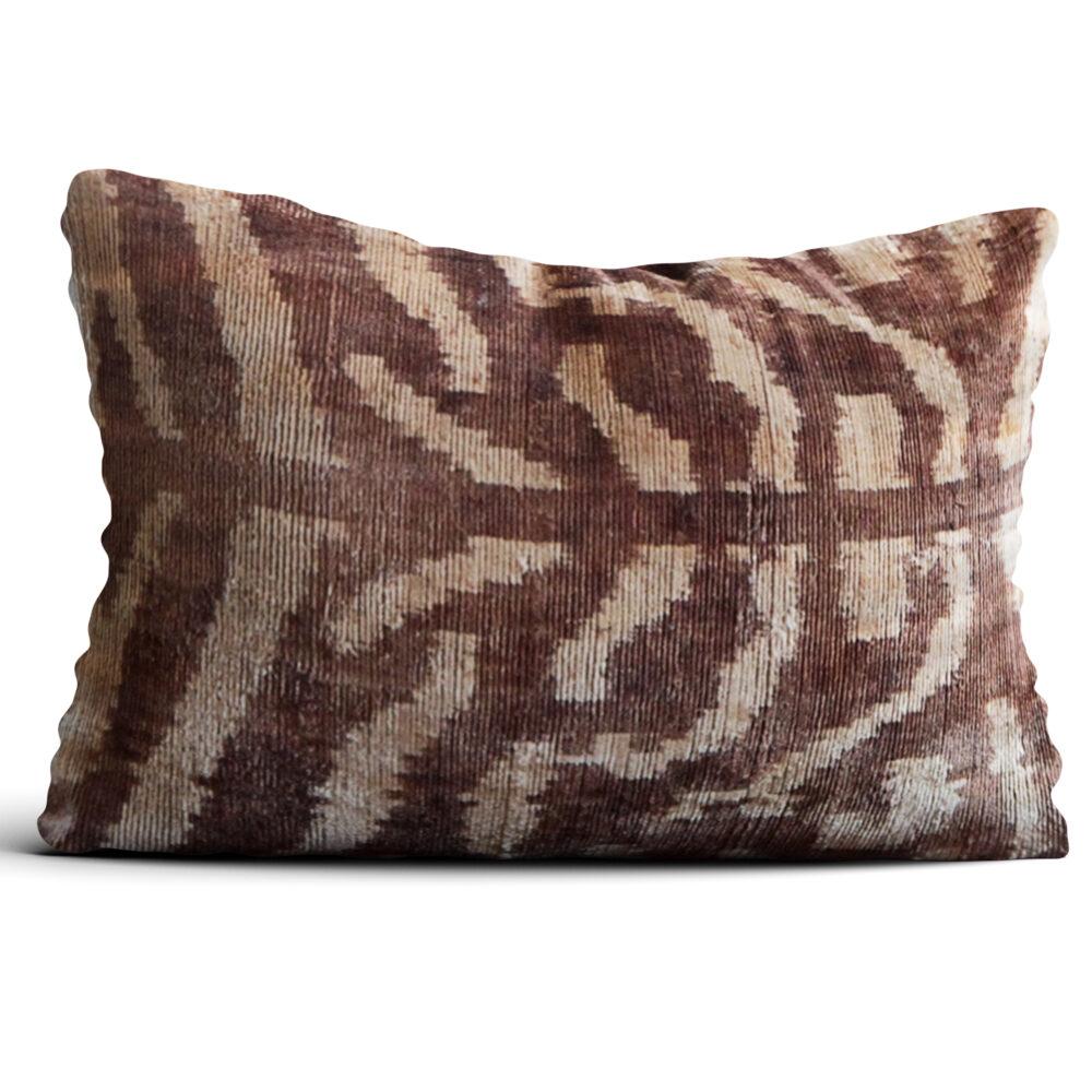 6577-silk-velvet-pillow