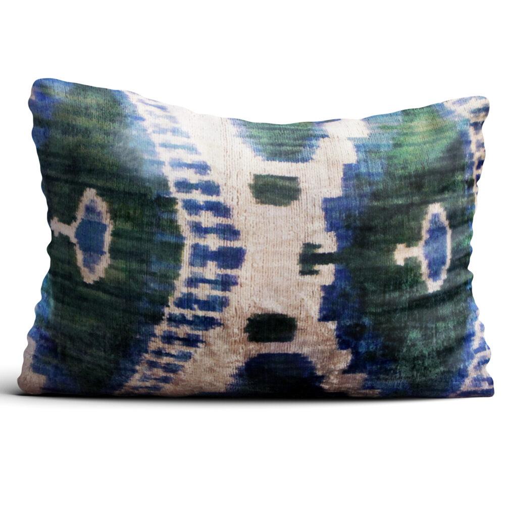 8001-silk-velvet-pillow