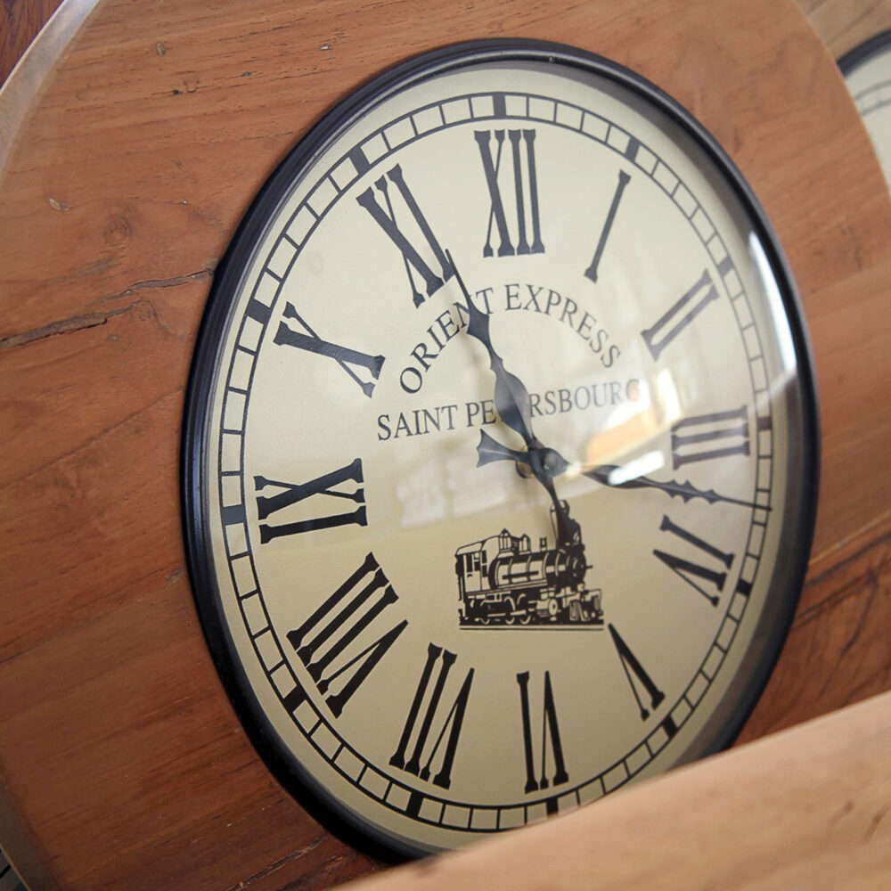 RH2-4000-reclaimed-wood-clock-square