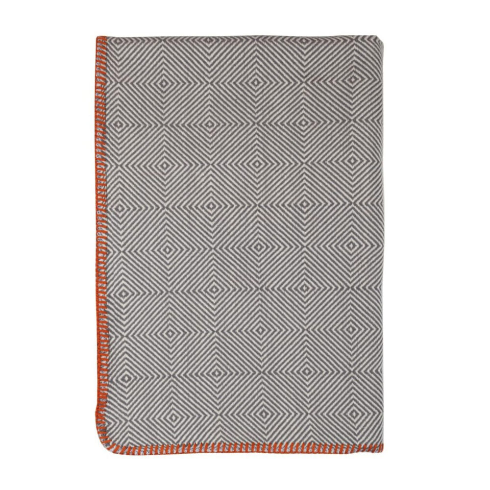 tetra-throw-light-gray-square-0001