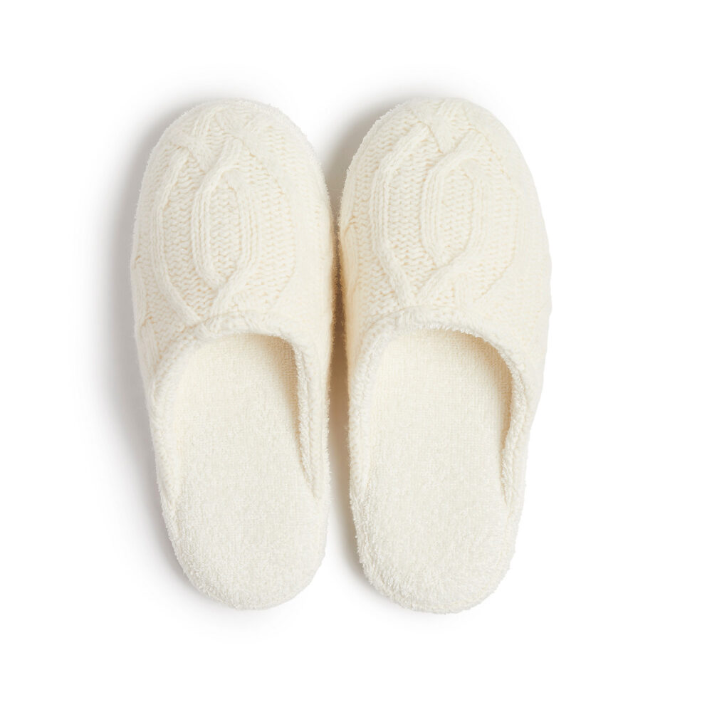 soho-house-cable-knit-slippers-ivory-square-0001
