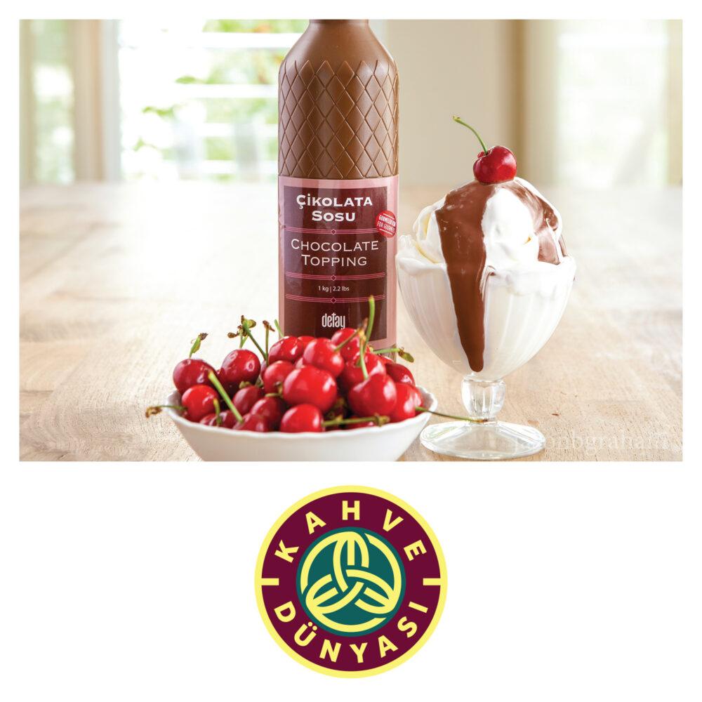 jason-b-graham-kahve-dunyasi-chocolate-topping-with-ice-cream