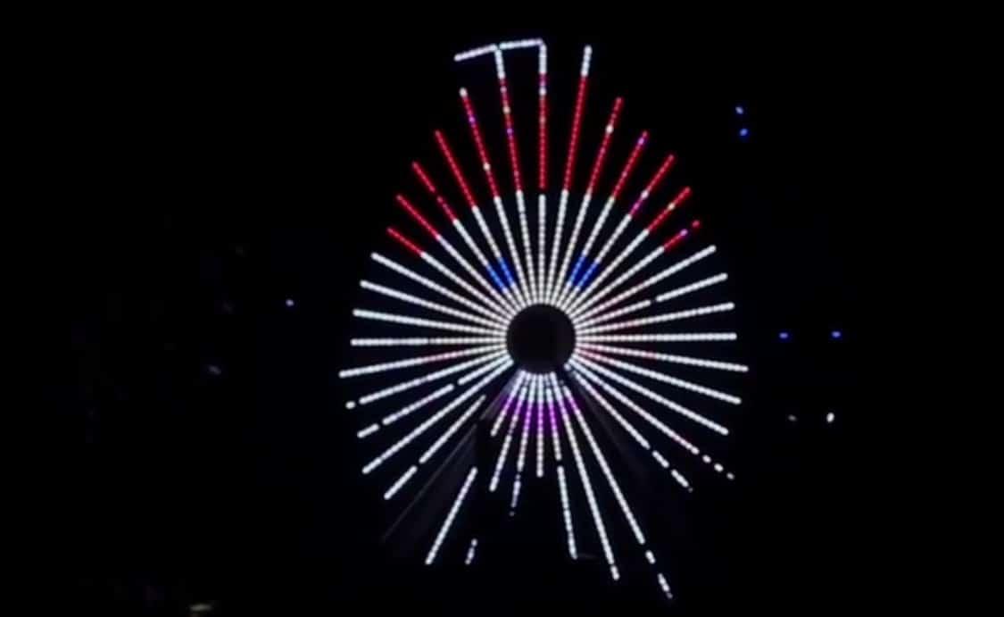 Morey's Ferris Wheel Turns Into Santa And More!