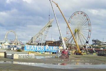 Cranes Are Removing Parts Of Sea Serpent