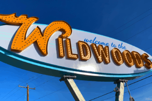 NEW Wildwood Sign - Tour Video