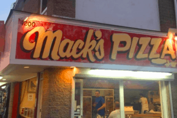 Mack's Pizza Offering Outdoor Dining