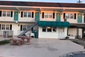 Pilgrims Pride Motel Owners Say Goodbye