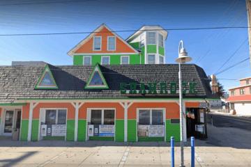 Shamrock, Castaway'sand Club Amnesia's Liquor License Suspended for the Summer