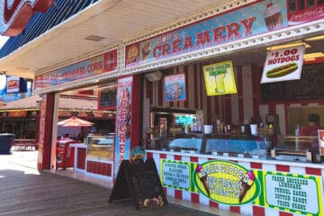New Boardwalk Restaurant - Wally's Corner