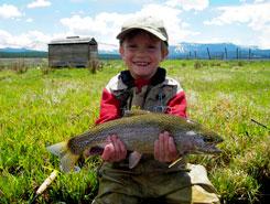 winter-park-co-kid-fishing