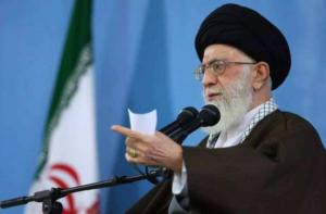伊朗领导人哈梅内衣