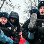 俄罗斯满大街抓华人 中国人如惊弓之鸟