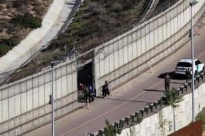 中国人拿到墨西哥签证后偷渡美国