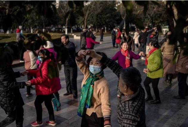中国拟拿广场舞开刀