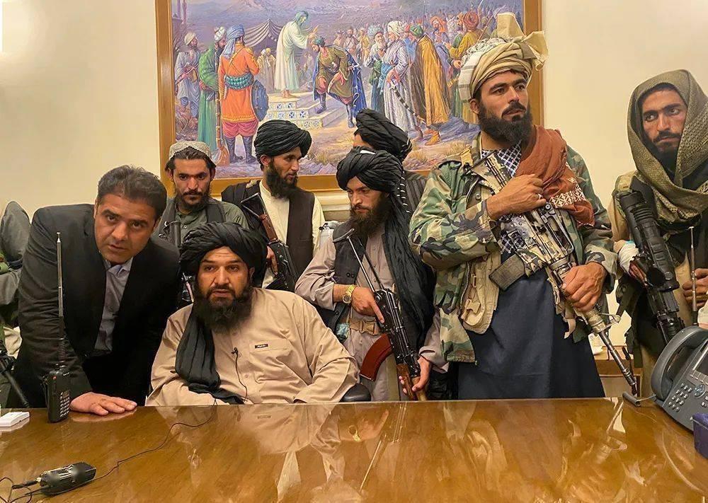 阿富汗塔利班在总统府