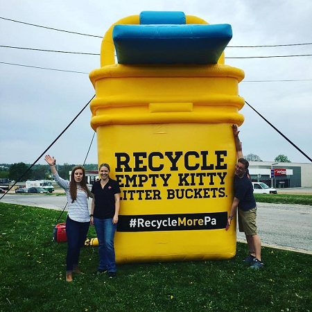 Inflatable Marketing to skyrocket your business! 1