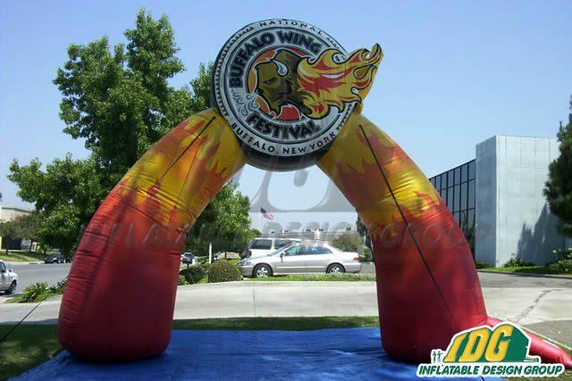 Festive Holiday Runs under Custom Inflatable Archways