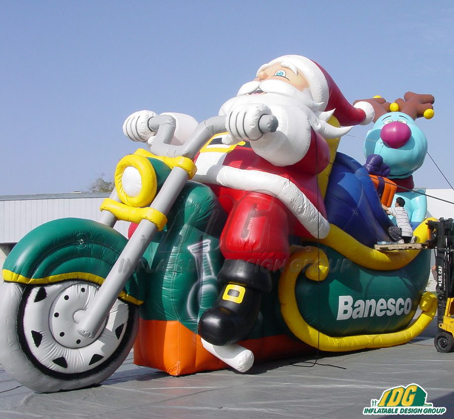 Be Thankful This Upcoming Month with Custom Holiday Inflatables 2