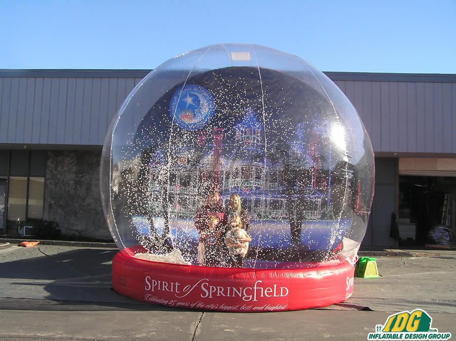 Inflatable Snow Globe to Bring the Blizzard to the Holiday Season 2