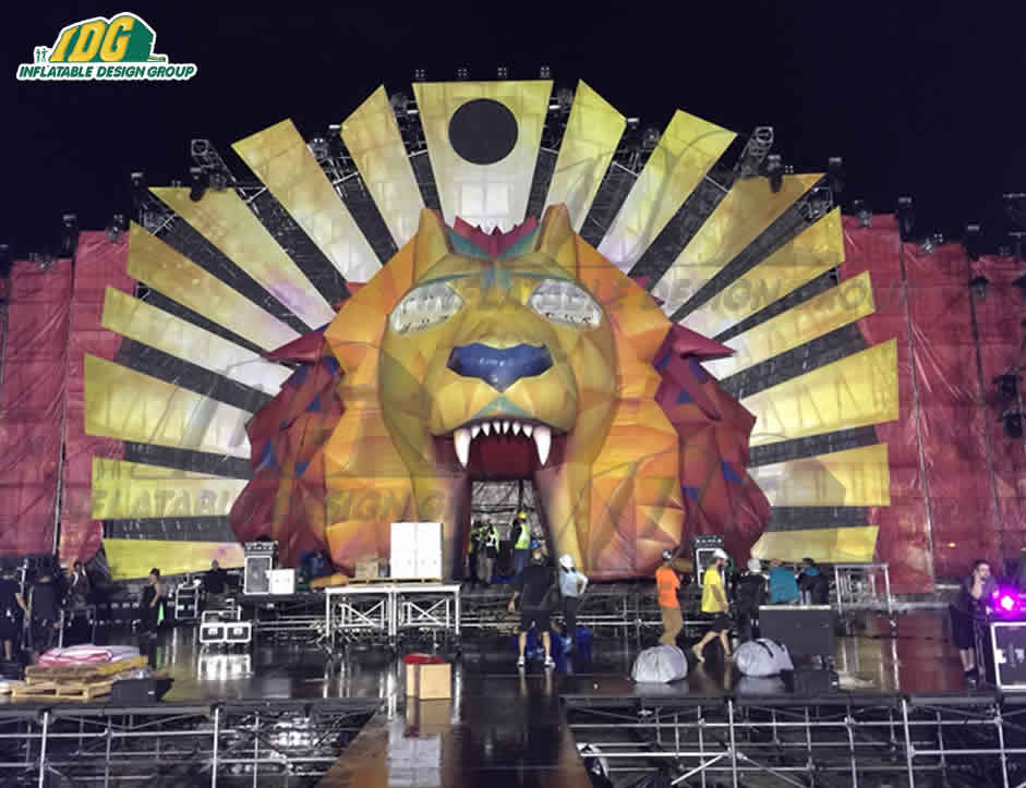 Custom Inflatable Stage Sets Make Touring Easy