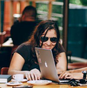 blind computer user reading