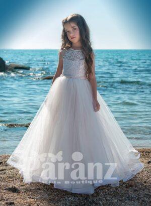 Elegant satin-sheer white flower appliquéd flower dress with long tulle skirt