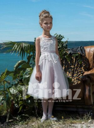 Soft white summer dress with lacework and tulle skirt