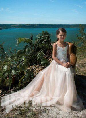 white sleeveless long tulle skirt dress for girls