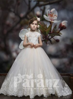 Elegant Princess dress with long tulle skirt and royal flower appliquéd bodice