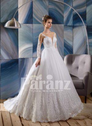 Long trail appliquéd hem high volume wedding tulle skirt gown dress with elegant bodice