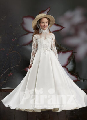 Pretty princess long satin gown with floral appliquéd bodice and sleeves
